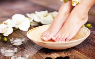 tips to get soft feet at home